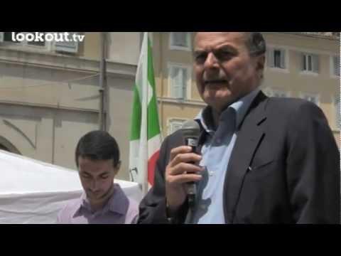 Pier Luigi Bersani per la cittadinanza ai figli degli stranieri