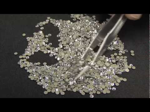 Machine Cut vs Hotfix Rhinestones