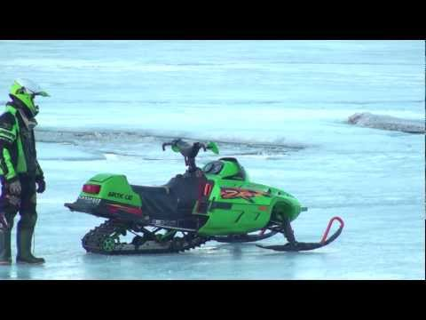 Arctic Cat zr 500 Water Skipping HD