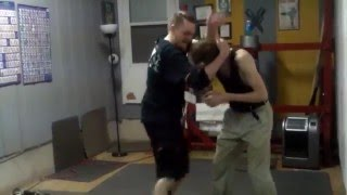 Wing Tsun MMA drills : head-body movement/bridging-arm attacking