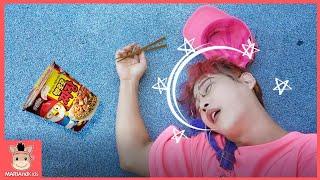 뽀로로 짜장면 엄마 삼촌 함께 먹어요 10분 모음집! 주방놀이 요리놀이 장난감 놀이 Pororo Noodle pretend play for kids | MariAndKids