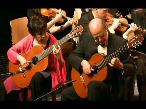 Vivaldi: Concerto for 2 mandolins in G major RV532 - Evangelos&Liza guitar duo