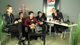 "[INTERVIEW] 5sos - ""Yes, I'll marry you"" - NRJ SWEDEN"