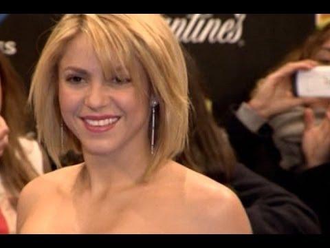 Shakira, de culo durante un rodaje thumbnail