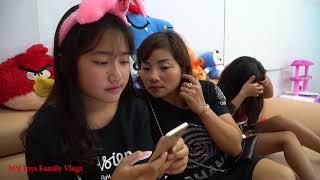 Hồng Anh Giúp Mẹ Dọn Rác Tăng Tốc Độ Điện Thoại - MN Toys Family Vlogs