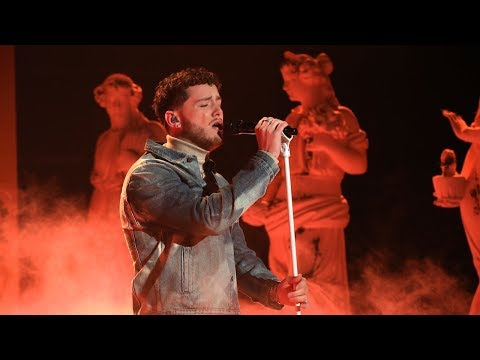 Bazzi Makes Life 'Beautiful' on Ellen