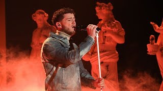 Bazzi Makes Life 39 Beautiful 39 On Ellen
