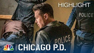 Ruzek and Antonio Fight - Chicago PD (Episode Highlight)
