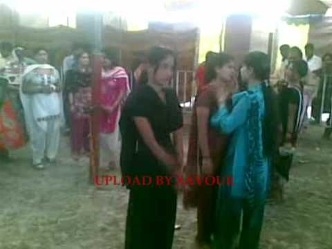 Desi Girls Mujra Part 2 video