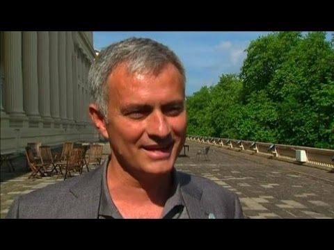 """Jose Mourinho Says He Is Very Happy For Louis van Gaal Getting Man Utd Job """"He Deserves It"""""""