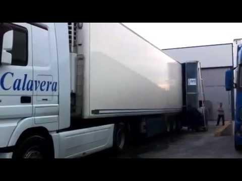 Lavado de Camiones Frigoríficos con Monocepillo Baterías en Lleida