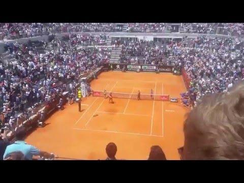 Il Centrale del Foro Italico saluta Roger Federer