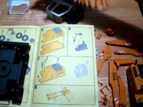 RC Liebherr A 900 C Litronic part 1 Revell kit build