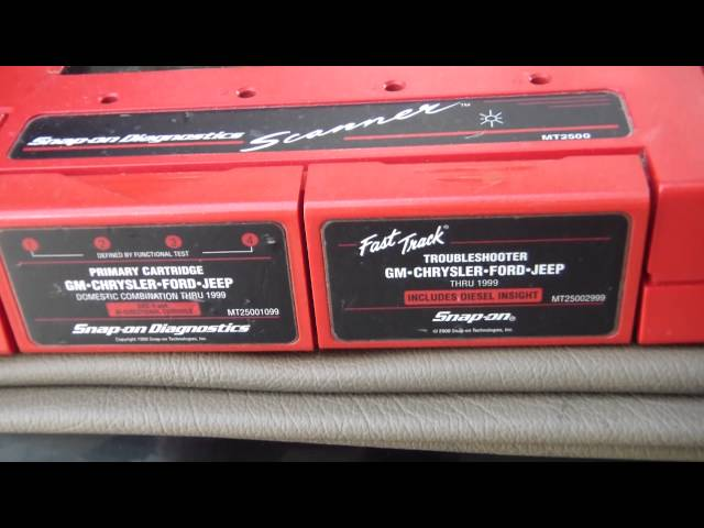 DIY Auto: Snap-On MT2500 diagnostic scanner. Initial hook-up to my 1990 Jeep Cherokee.