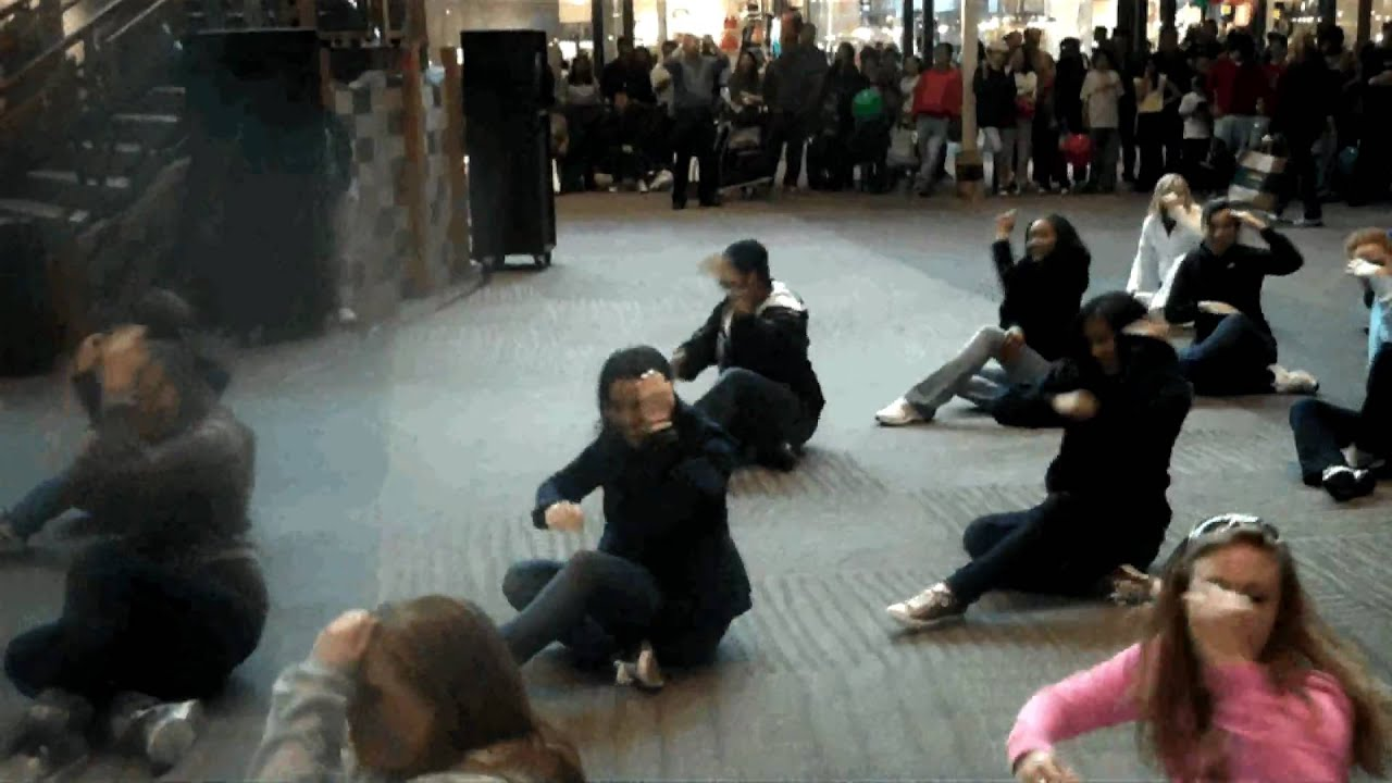 Art Matters Dance Flash Mob At Jersey Gardens Mall Elizabeth Nj Youtube