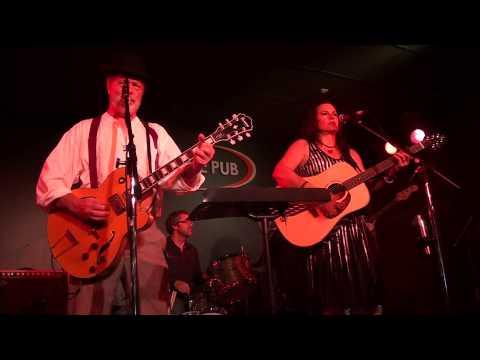 Bill Chambers - Dim Lights Thick Smoke (And Loud Loud Music)