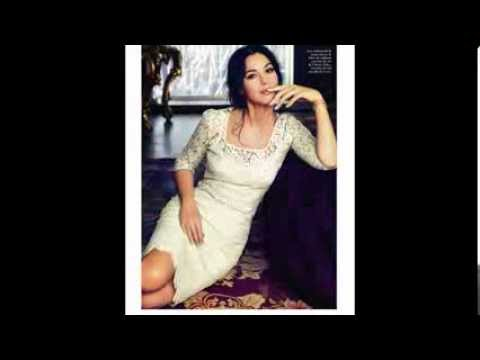 Does Monica Bellucci Sing Opera Related Keywords ... Monica Bellucci Sing