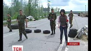 Бойовики ведуть активну стрілянину у районі Станиці Луганської - (видео)
