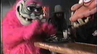 Watch Dinosaur Jr I Dont Think So video