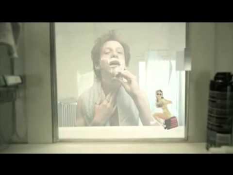 El espejo y la vida. Un corto Interesante