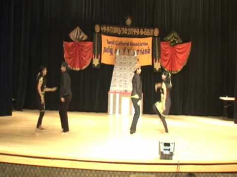 North Carolina Techie Moms Tamil Sangam Dance - Yeh Aatha Athoramaa Remix video