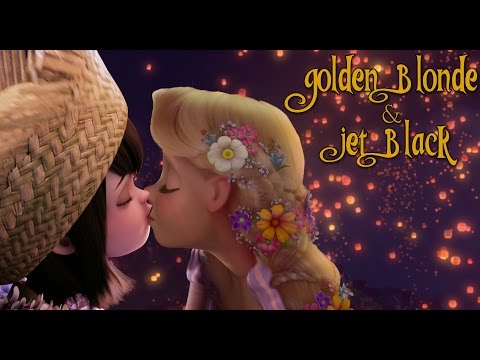 {WARNING FEMSLASH} Golden Blond and Jet Black