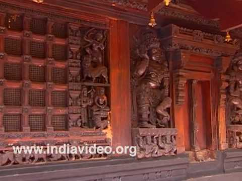Wood carvings at Poovapuzha Temple