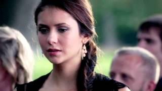 download lagu Damon And Elena  Love Me Like You Do gratis