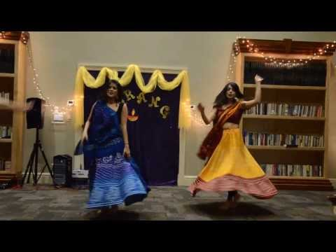 Nagada Sang Dhol Baje - Uconn Tarang Diwali 2013 Garba video