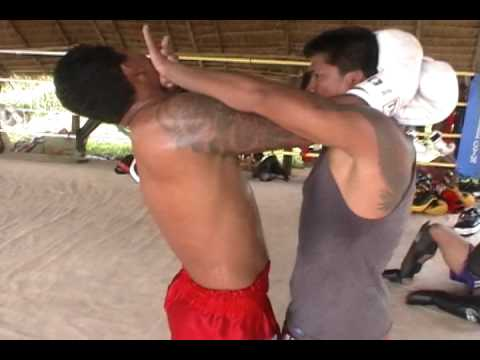 Muay Thai Clinch Move Image 1
