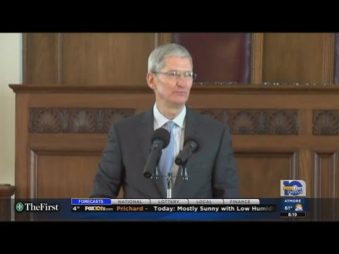 Apple CEO and Robertsdale native Tim Cook comes out