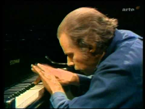 Glenn Gould-J.S. Bach-Partita No.4 D major-part 2 of 2 (HD)