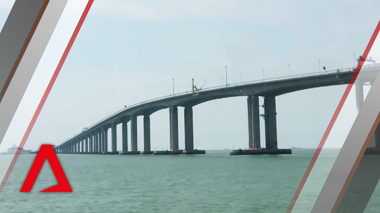 World's longest bridge across sea connects mainland China with Hong Kong and Macau