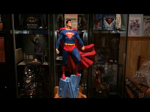 Sideshow Collectibles - Superman Premium Format review (Exclusive version)