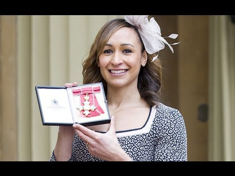 Jessica Ennis collects CBE from the Queen