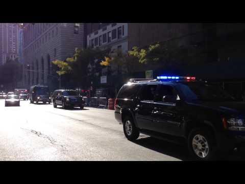 THE DALAI LAMA BEING ESCORTED BY THE NYPD & UNITED STATES SECRET SERVICE IN MANHATTAN, NEW YORK.