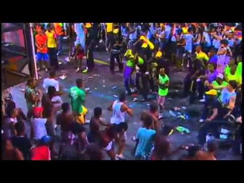 [Brazil] Fight at the carnival [1]