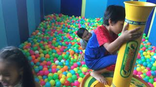 Stin Dâu - Chơi nhà banh ở Apple Kid SCvivo city