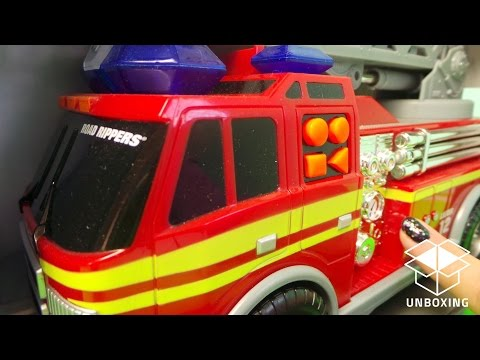Rush & Rescue Fire Engine Vancouver Ladder 12 Truck Toy Unboxing