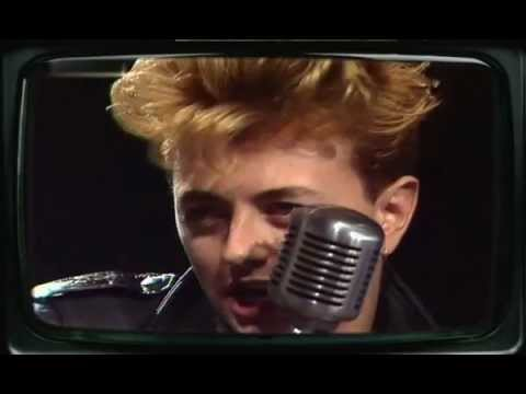Stray Cats - Sexy And Seventeen