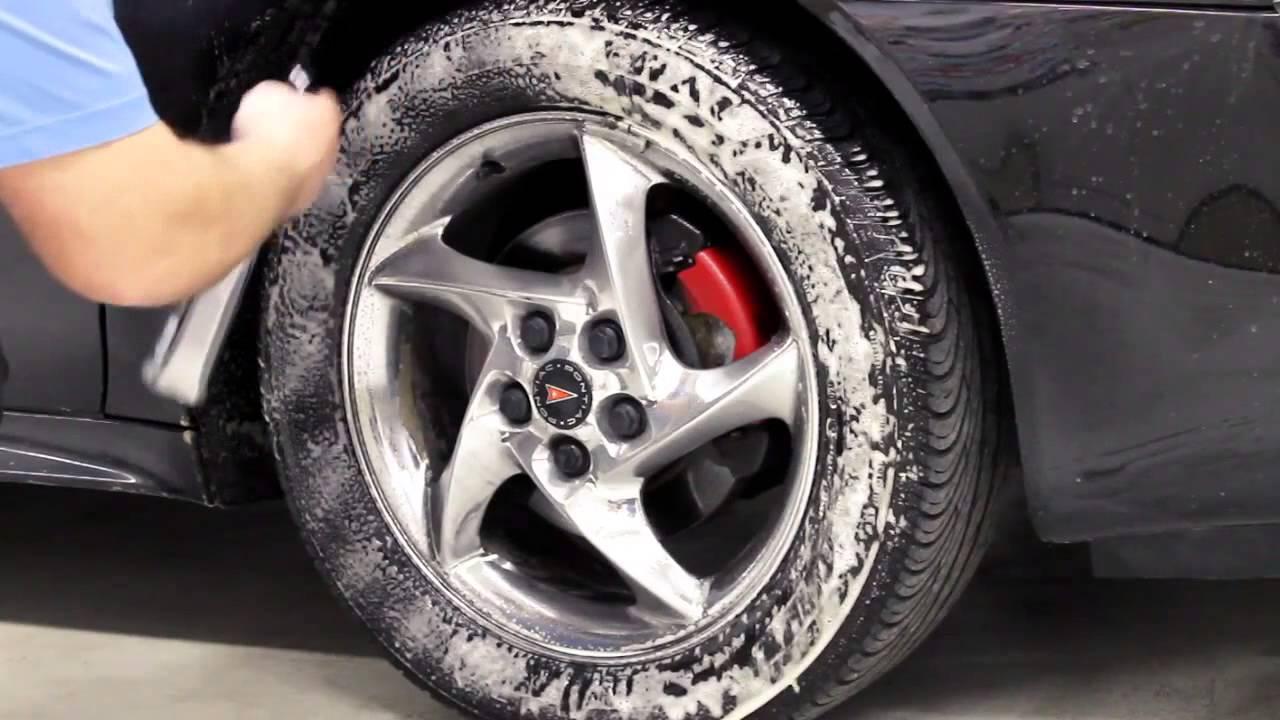 Como limpiar las llantas neum ticos youtube - Como limpiar los cristales del coche ...