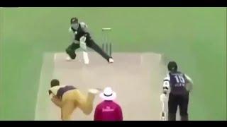 Top 10 Ten Unbelievable Cricket Shots In History - Amazing Cricket Shots Videos