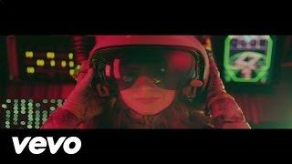 Watch Niki & The Dove Tomorrow video