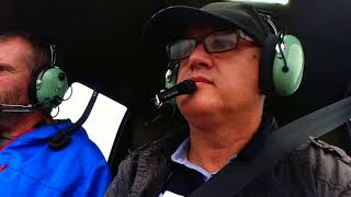 Testuji vrtulník Robinson R44