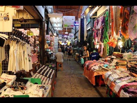 CHATUCHAK WEEKEND MARKET SHOPPING IN BANGKOK, THAILAND