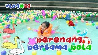 Seru banget liat kelakuan Maryam dan khadeejah pas berenang ! lucuuuu 😍 | EPS. 29