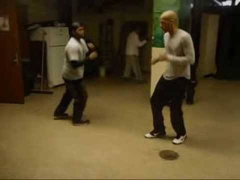 (JKD) Wing Chun & Savate Kicking Techniques Image 1