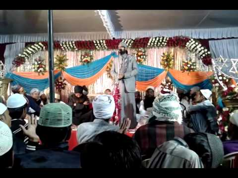 Asad Iqbal - Durood Pak Padhkar Machliya Naat 2014 video