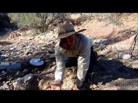 Customers first gold nugget with a Minelab GPX 5000 Metal Detector.wmv