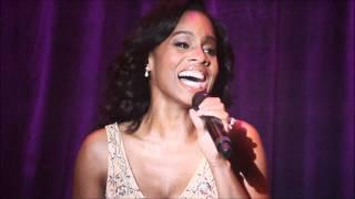 Anika Noni Rose (HD) singing Princess & The Frog
